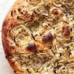 pizza-bianca-con-cipolle