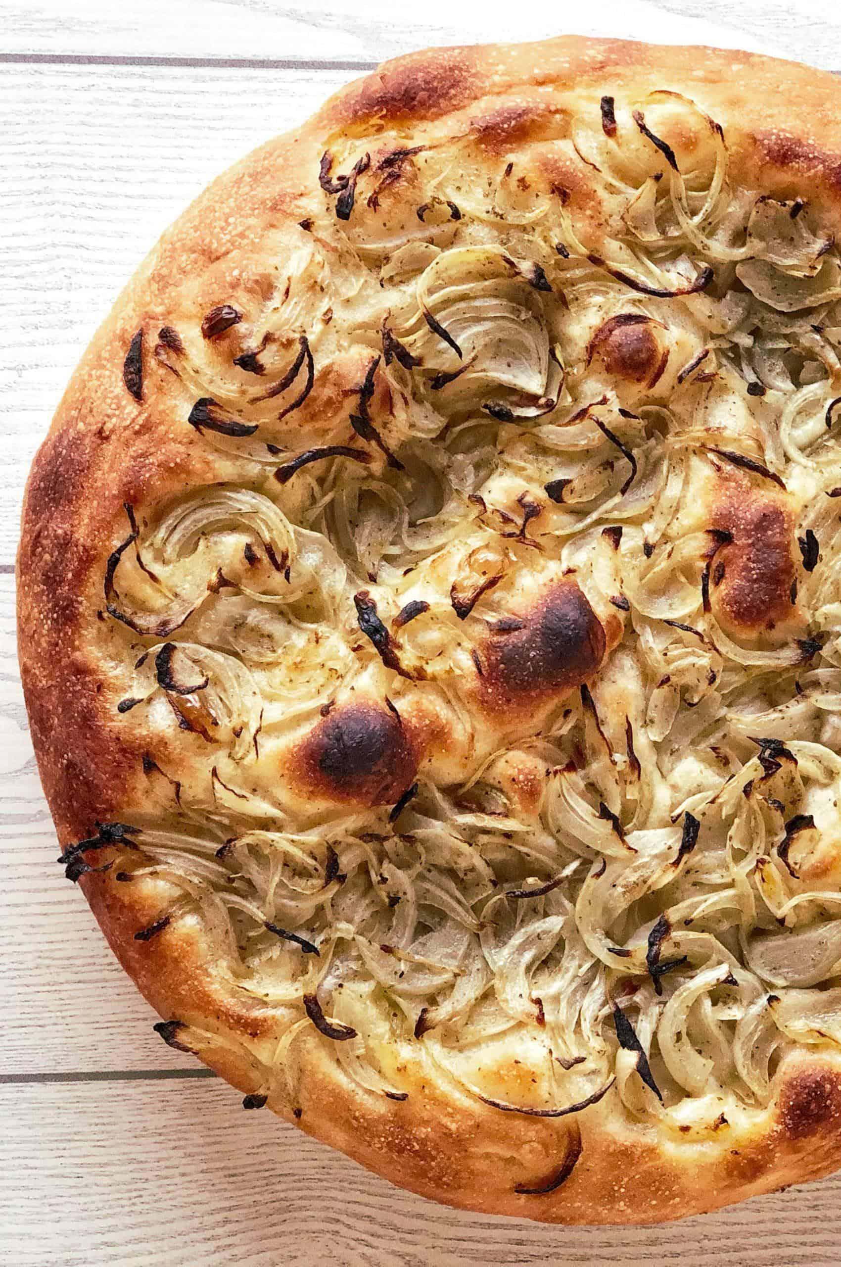 Ricetta Pizza Bianca.Le Ricette Apocalittiche Pizza Bianca Di Cipolle Chissenefood